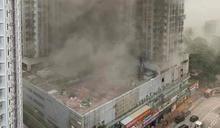 葵涌酒樓廚房起火冒濃煙 80人需疏散