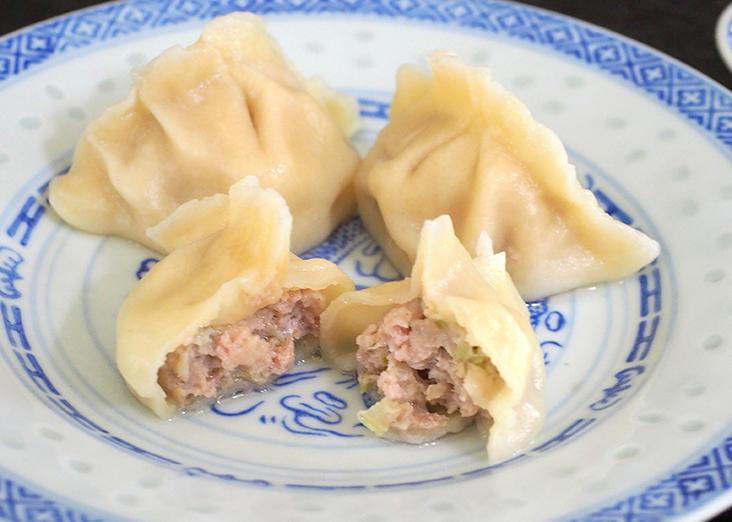 The celery with pork dumplings have a delicate fragrance.