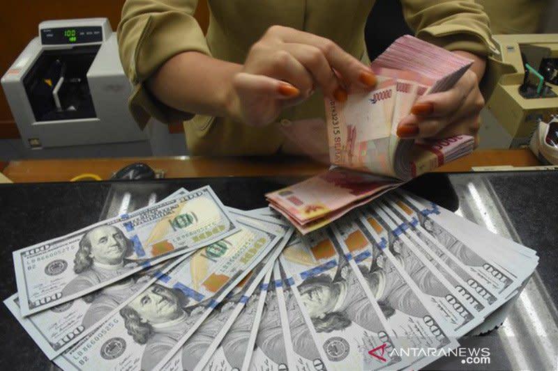 Rupiah loyo di tengah variasi mata uang regional