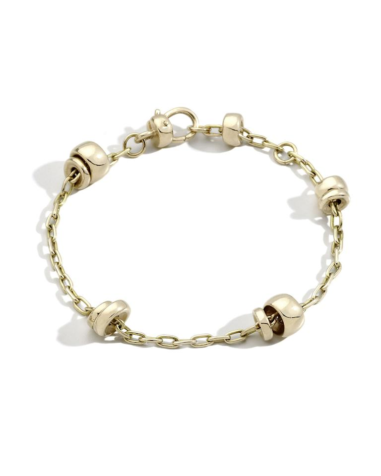 "<p><strong>Pomellato</strong></p><p>neimanmarcus.com</p><p><strong>$3360.00</strong></p><p><a href=""https://go.redirectingat.com?id=74968X1596630&url=https%3A%2F%2Fwww.neimanmarcus.com%2Fp%2Fpomellato-iconica-18k-rose-gold-chain-bracelet-prod222020258&sref=https%3A%2F%2Fwww.harpersbazaar.com%2Ffashion%2Ftrends%2Fg31744927%2Fmother-in-law-gift-guide%2F"" target=""_blank"">Shop Now</a></p><p>A family, like a chain, is made up of interlocking links. So show your mother-in-law that you are firmly bonded in her brood with this bracelet. </p>"