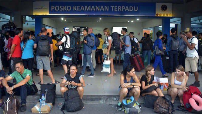 Indonesia Punya 30 Bandara Internasional, Kata Jokowi Terlalu Banyak