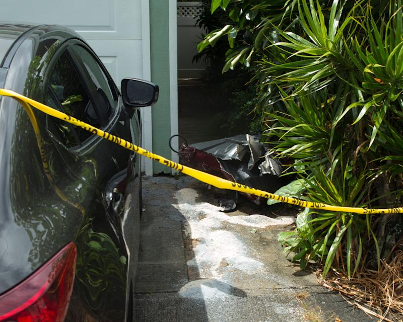 Three dead in helicopter crash in Honolulu suburb