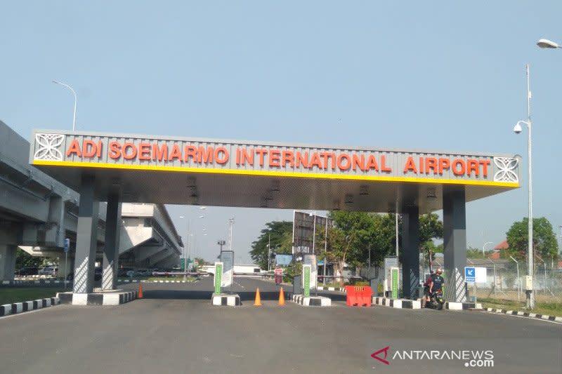 Batasi kapasitas terminal, Bandara Adi Soemarmo sambut normal baru