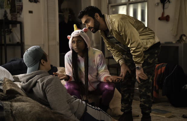 Kumail Nanjiani and Issa Rae Get Tangled With Dangerous People in 'The Lovebirds' Trailer (Video)