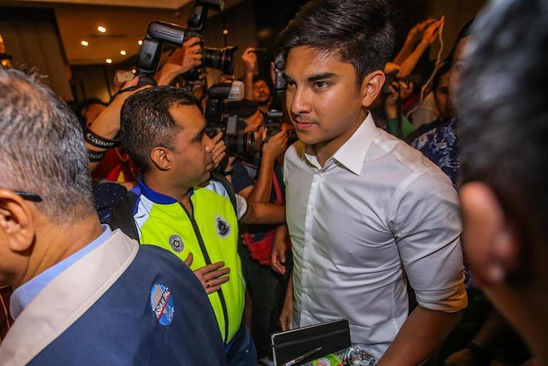 Syed Saddiq said Armada will never collaborate with those who taint the Malays' image as robbers and traitors of the people's mandate. — Picture by Hari Anggara