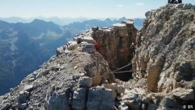 Jatuh dari Ketinggian 60 Meter di Pegunungan, Turis di Jerman Selamat