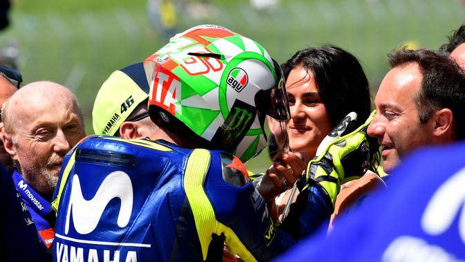 5 Mantan Kekasih Valentino Rossi: Ada yang Pernah Diselingkuhi?