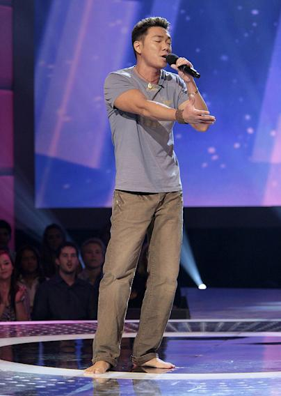 Paul Kim performs in front of the judges on 6th season of American Idol.