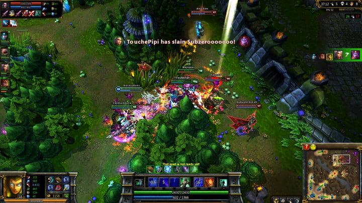League of Legends Gameplay in action