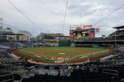 Nationals dan Yankees berlutut ketika kompetisi bisbol bergulir lagi