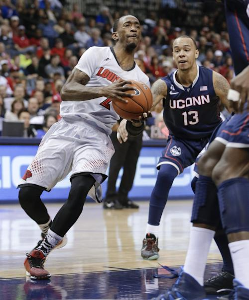 No. 5 Louisville beats No. 21 UConn 71-61