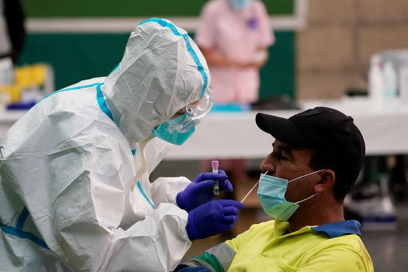 Spain reports 31,428 new cases of COVID-19 since Friday