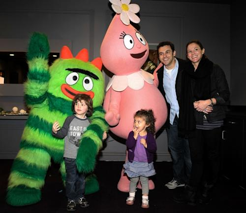 Fred Savage, his wife Jennifer Lynn Stone, and children Oliver and Lily greet characters of YO GABBA GABBA! @ KIA PRESENTS YO GABBA GABBA! LIVE! THERE'S A PARTY IN MY CITY produced by S2BN Entertainment in association with The Magic Store and W!LDBRAIN Entertainment at Nokia L.A. LIVE on November 26, 2010 -- Getty Images