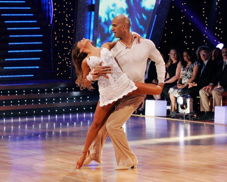 Edyta Sliwinska and Jason Taylor perform a dance on the sixth season of Dancing with the Stars.
