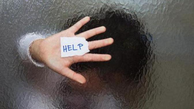 Mengungkap Aksi Bejat Ayah terhadap Anak Kandung Lewat Lubang Kusen Jendela Kamar
