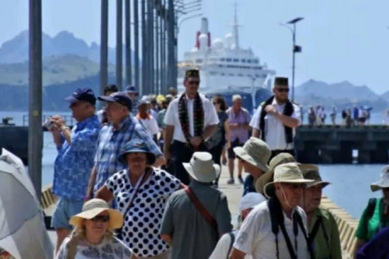 Kunjungan baru 30.000 turis, NTT berbenah untuk normal baru pariwisata