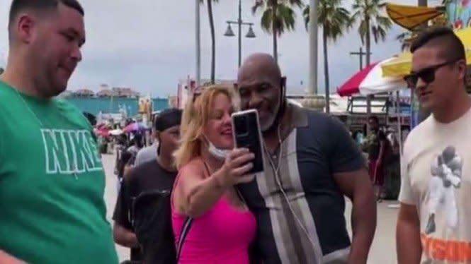Parah dan Sadis, Mike Tyson Pernah Tiduri 1300 Wanita Cantik