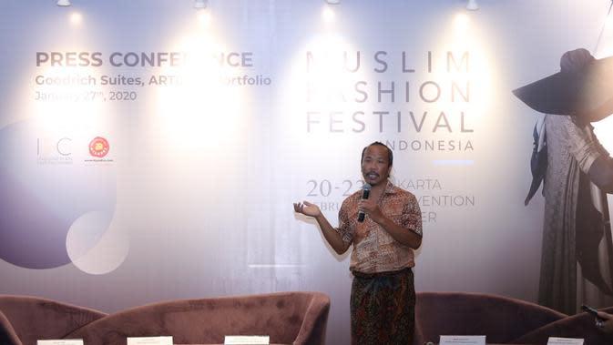 National Chairman Indonesian Fashion Chamber (IFC) Ali Charisma saat konferensi pers MUFFEST 2020 di Goodrich Suites, ARTOTEL Portfolio, Jakarta Selatan, 27 Januari 2020. (Daniel Kampua/Fimela)
