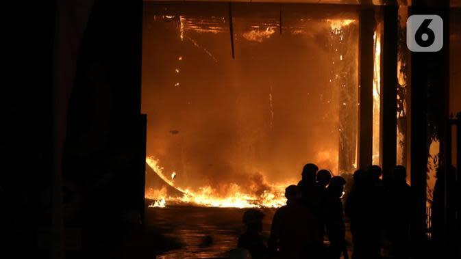 Cek Fakta: Tidak Benar Dokumen Perkara Koruptor Ikut Terbakar di Kejaksaan Agung