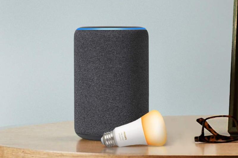 Amazon Echo Plus with Philips Hue Bulb