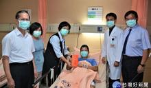半百勇警負傷驚險追捕通緝犯 王惠美前往醫院慰勉「早日康復」