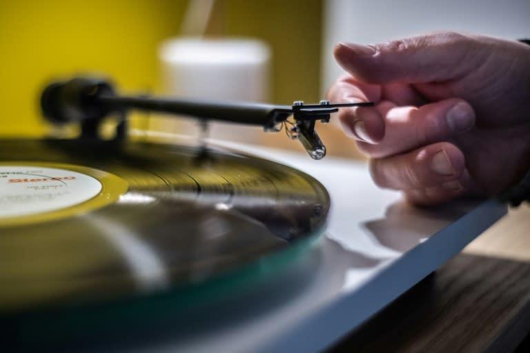 Vinyl sales surpass CD revenue, first time since 1980s