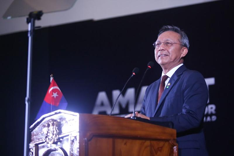 Johor Mentri Besar Datuk Hasni Mohammad today announced seven initiatives, called Tujuh Ikhtiar Makmur Johor in Malay, for the state as part of its economic recovery plan for the post-Covid-19 phase.— Picture courtesy of Johor Menteri Besar's office