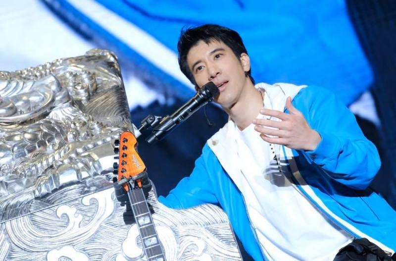Too old? 43-year-old Mandopop heartrob Wang Leehom has been dropped as a spokesman for a product for being too old. ― Picture via Facebook/leehom