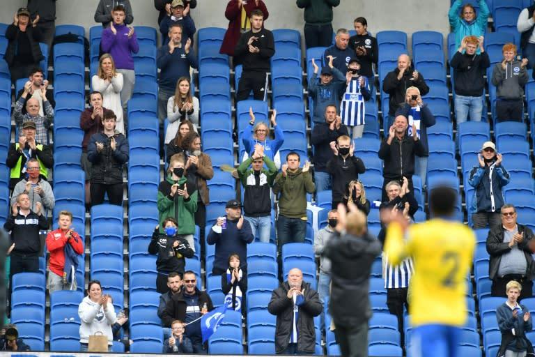 Premier League chief hails fans pilot event