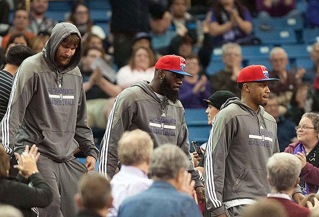 Watch the Raptors learn that Rudy Gay, Quincy Acy and Aaron Gray had been traded to the Kings (Video)