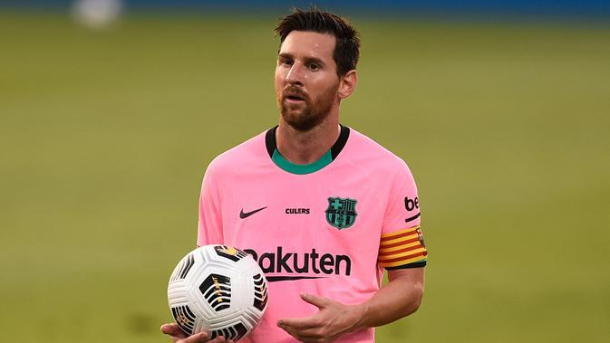 2. Lionel Messi (33 tahun) - Meski telah memasuki usia 33 tahun, posisi Lionel Messi belum tergantikan di skuat Barcelona musim ini. Bintang asal Argentina ini tercatat sudah membela Barcelona sejak berusia 13 tahun. (AFP/Josep Lago)