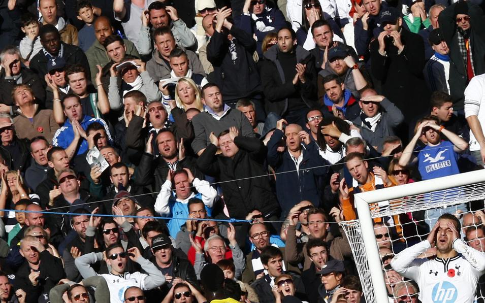 Tottenham Hotspur's Soldado and fans react after his header was saved by Newcastle United's Tim Krul during their English Premier League soccer match in London