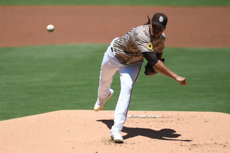 Padres top Diamondbacks behind Lamet's strong start