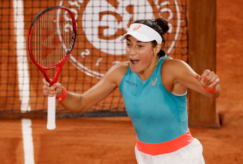 Local favourite Garcia holds her nerve to beat Mertens in thriller