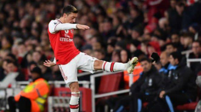 Gelandang Arsenal, Mesut Oezil