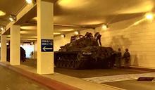 國軍戰備周 捷運站變身裝甲地下基地