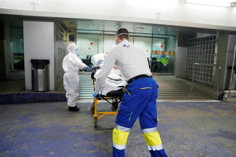 Spain reports 3,715 new coronavirus cases in post-lockdown record