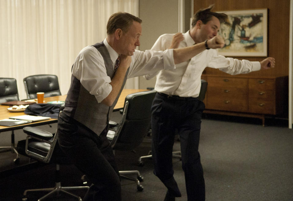 Lane Pryce (Jared Harris) and Pete Campbell (Vincent Kartheiser)