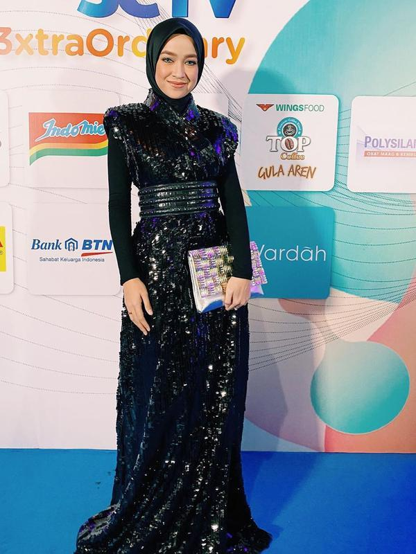Gaya Seleb Wanita Bintang Sinetron saat HUT SCTV (Sumber: Instagram/aryanifitriana24