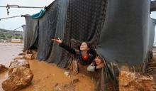 敘利亞大豪雨成災 難民營竟成汪洋