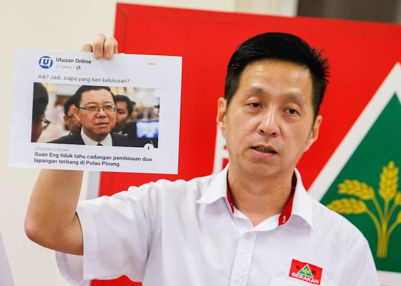 Penang Gerakan chairman Oh Tong Keong speaks to reporters on the Northern Region Transport Plan at Wisma Tun Dr Lim Chong Eu, George Town June 12, 2019. — Picture by Sayuti Zainudin