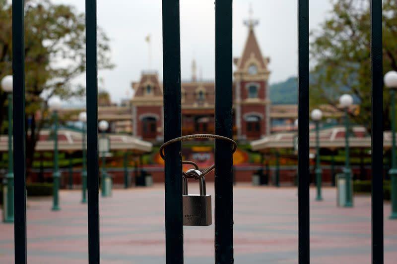 Disneyland Hong Kong dibuka kembali pada 18 Juni setelah wabah virus corona