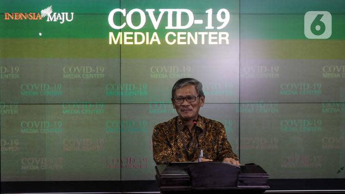 Juru bicara pemerintah untuk penanganan virus corona, Achmad Yurianto memberikan keterangan di Kantor Staf Presiden, Komplek Istana Negara, Jakarta, Kamis (5/3/2020). Keterangan terkait isu virus corona serta mengantisipasi informasi hoaks tentang virus tersebut. (Liputan6.com/Faizal Fanani)