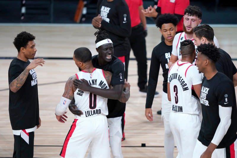 Blazer lolos dari hadangan Nets untuk maju ke seri play-in