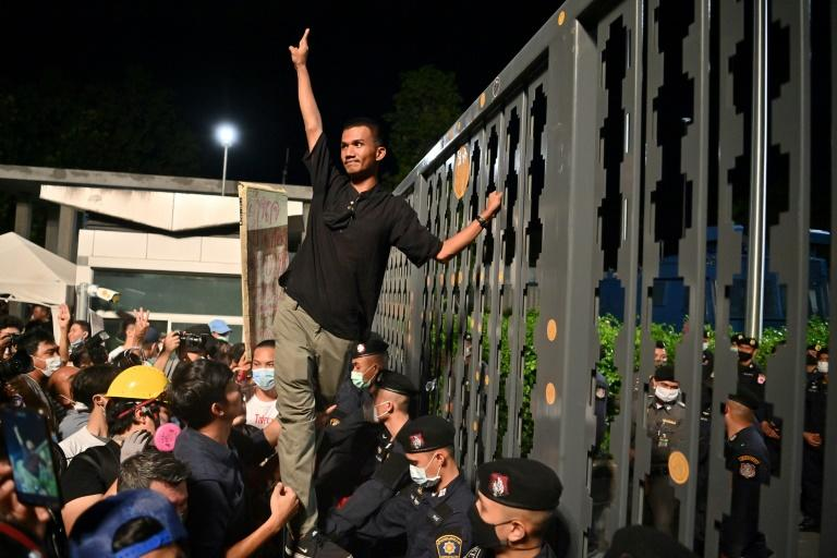 Thai protesters angered after parliament delays charter reform