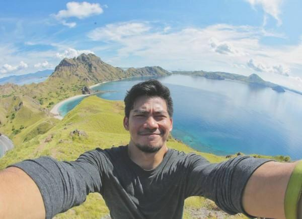 11 Potret Gagah Donny Alamsyah, Pemeran Tigor dalam Tunnel Indonesia