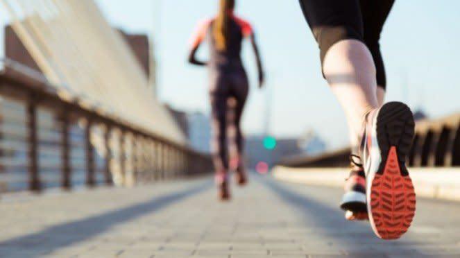 Ilustrasi berolahraga/olahraga/berkeringat.