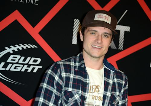 "FILE - In this Feb. 1, 2013 file photo, actor Josh Hutcherson arrives at ESPN The Magazine's ""Next"" Event in New Orleans. Hutcherson and Queen Latifah will help honor four teenagers at the fifth annual TeenNick HALO Awards, which recognize teen volunteers for outstanding community service. The honors will be presented during a ceremony at the Hollywood Palladium on Nov. 17, 2013 and broadcast live on Nick at Nite. (Photo by Jordan Strauss/Invision/AP, File)"