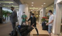 帝苑酒店住客全數撤離 57名員工送往檢疫中心