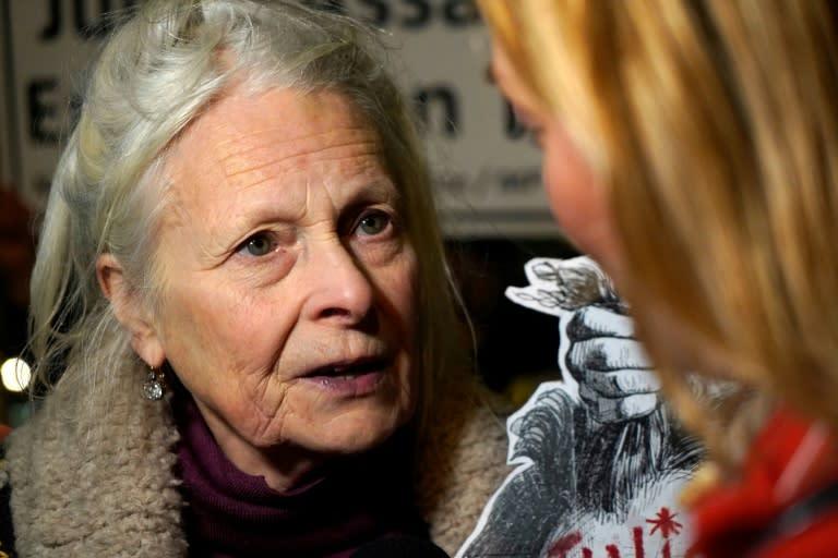 """""""Julian Assange will die unless we set him free,"""" said fashion designer Vivienne Westwood"""
